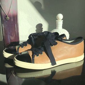 Great condition Lanvin sneakers size 36 1/2